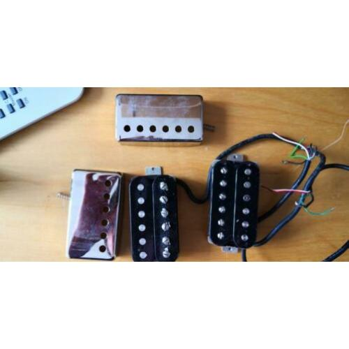Haussel bridge humbucker en een neck humbucker