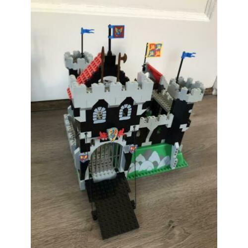 Lego 6086 black knight's castle ridder kasteel